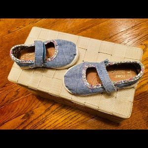 TOMS denim velcro closure Mary Janes-Toddler 5